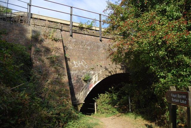 Railway bridge over The Shallows