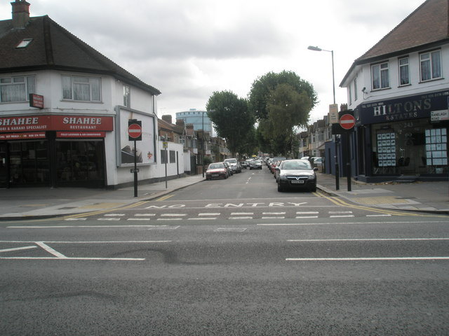 Looking from The Broadway down Ranelagh Road