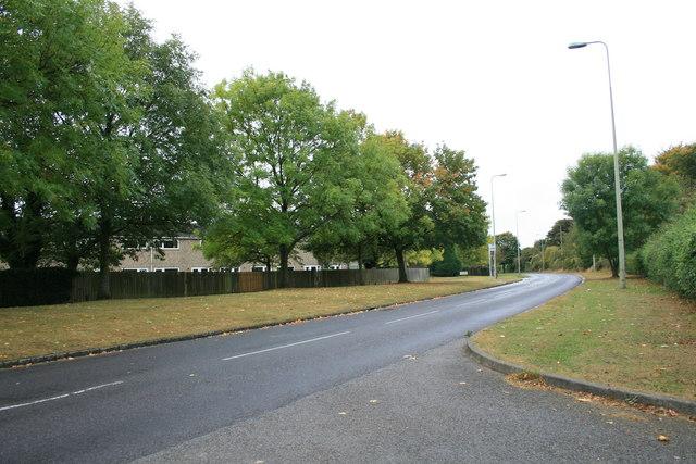 Upavon Way Carterton looking south