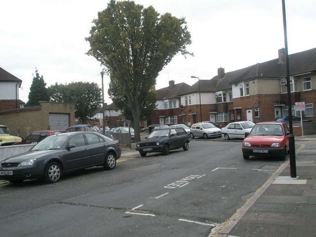 Looking back from Alma Road into Livingstone Road