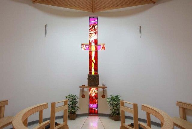 Our Lady & St Vincent, Mutton Lane, Potters Bar, Herts - Blessed Sacrament Chapel