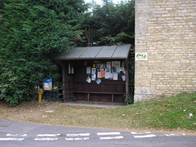 Stretton Bus Shelter, Manor Road, Stretton