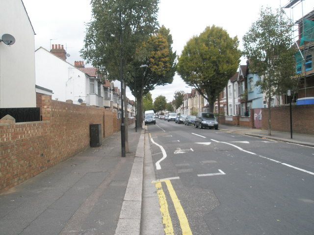 Bottom end of Woodlands Road