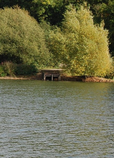 Fishing platform, Barden Lake