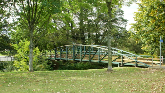 Afon Lwyd footbridge, Croesyceiliog