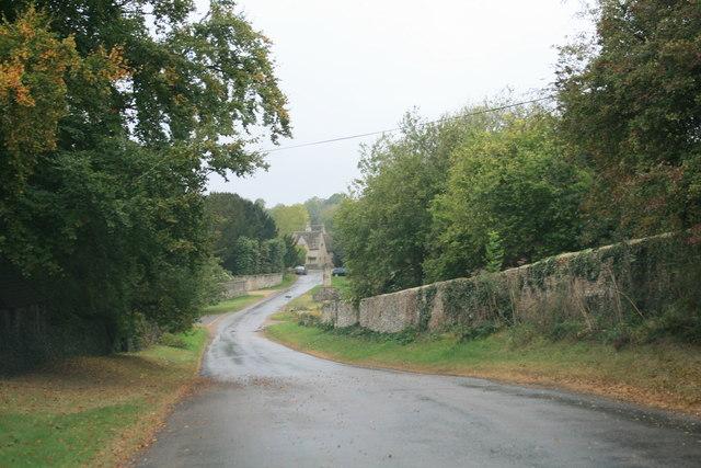 Road through Westwell