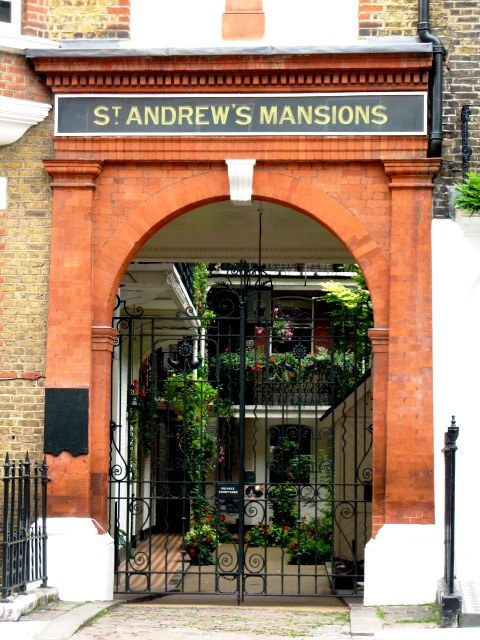 The entrance to St. Andrew's Mansions, Chiltern Street / Dorset Street, W1