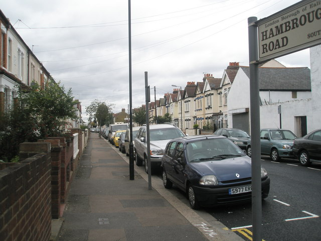 Pavement in Hambrough Road