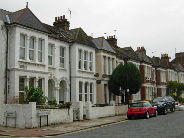 Edgeley Road, Clapham