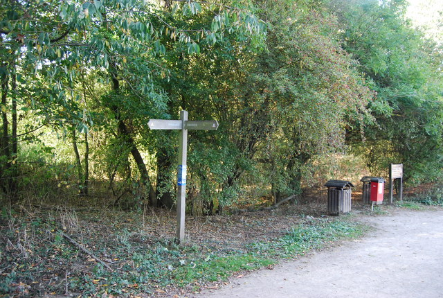 Footpath signpost, Barden Lake