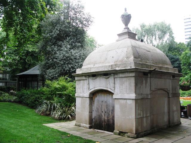 Mausoleum in Paddington Street Garden, W1