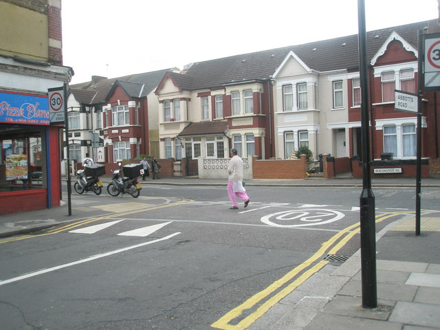Looking from Abbotts Road into Beaconsfield Road