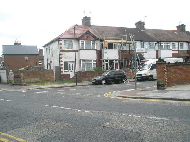 Junction of Beaconsfield Road and Hanson Gardens