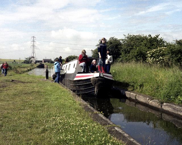 Birmingham and Fazeley Canal, Curdworth Locks