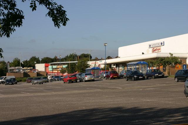 CO-OP  Superstore, Car park