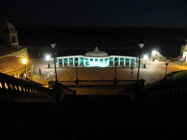 Scarborough Spa Suncourt - evening view