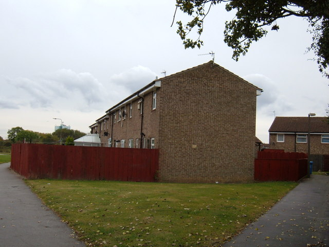 Houses off Wawne Road