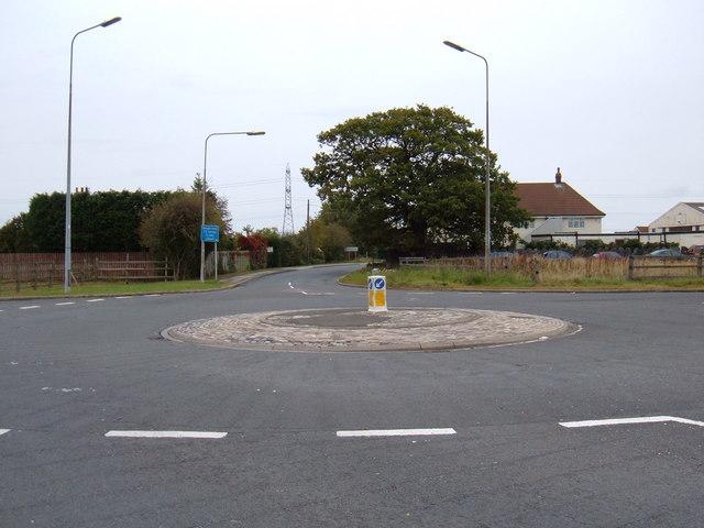 Roundabout, Wawne Road