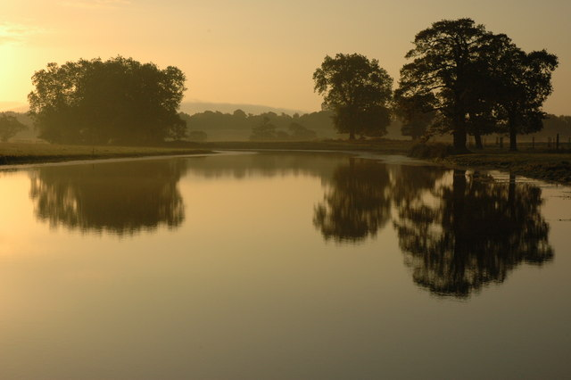 Croome River at dawn