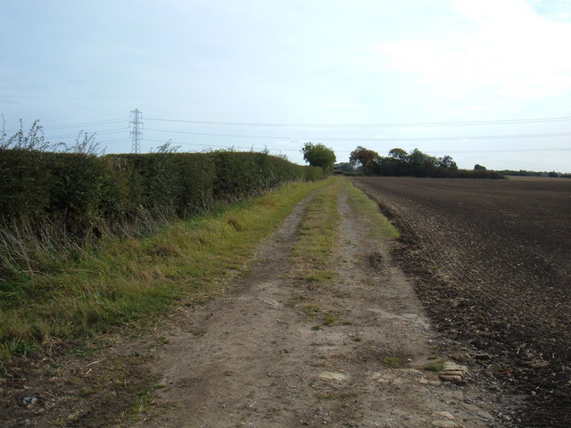 Farm Track East of Kelwell Farm
