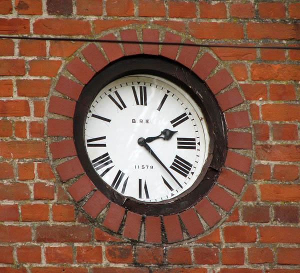 Wootton Halt - the station clock