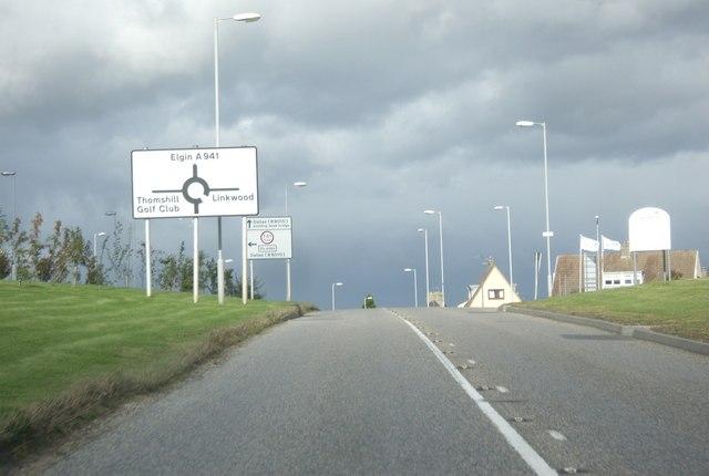 A941 entering Elgin
