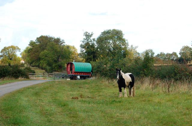 Gypsy wagon near Broadwell