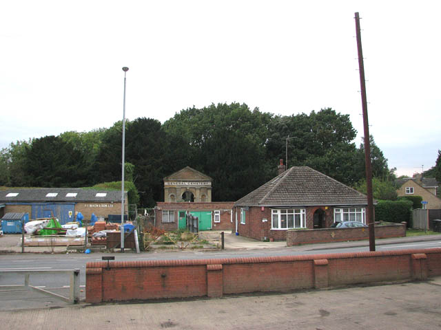 View across Leverington Road