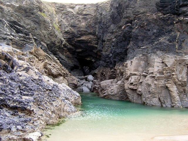 Porthcothan sea cave