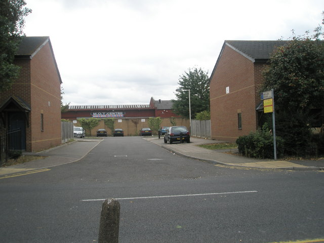 Junction of  Milan Road and Park Avenue