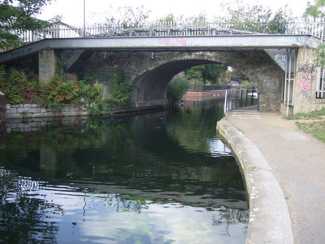 The Gunmaker's Arms  bridge