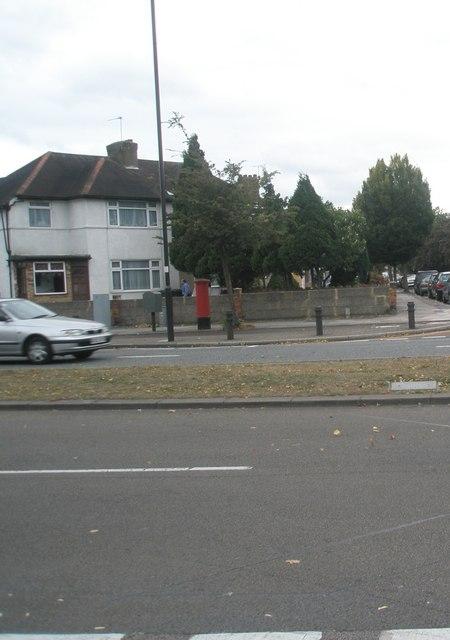 Postbox in the Uxbridge Road