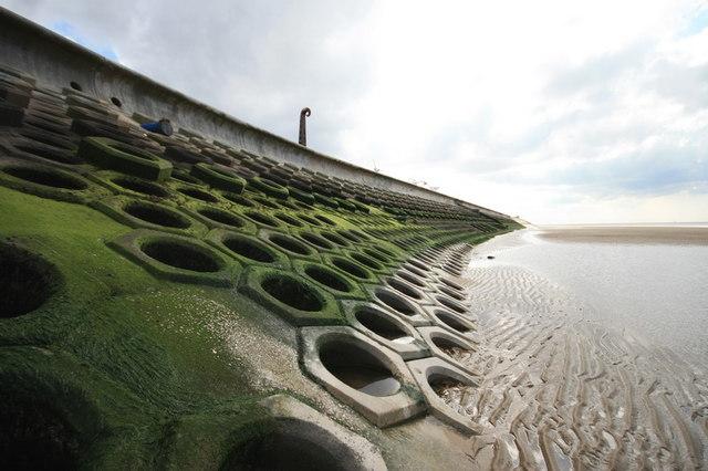 Sea Defences Near South Pier