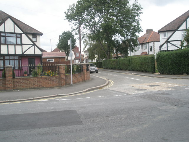 Junction of  Oakwood Avenue and Stamford Close