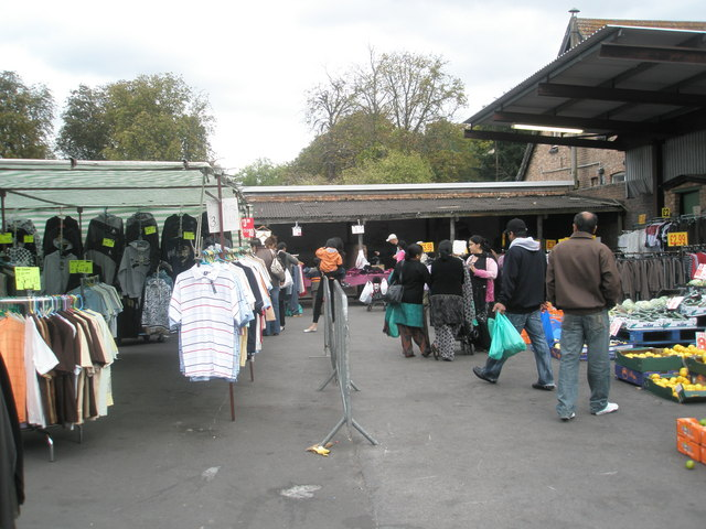 Saturday afternoon in Southall Market (4)