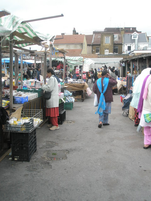 Saturday afternoon in Southall Market (6)
