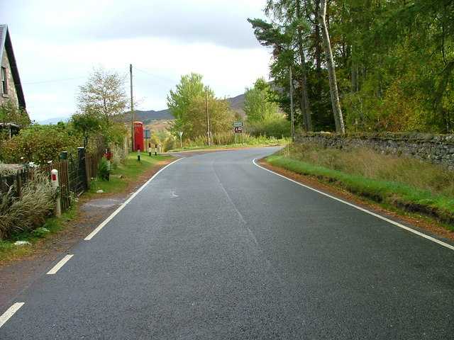 Road junction at Catlodge