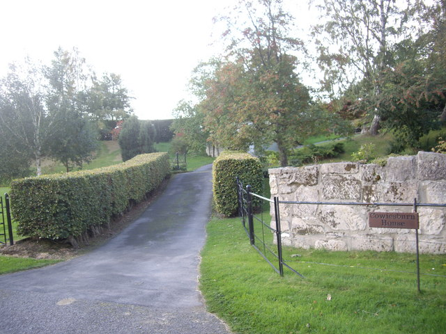 Access to Cowiesburn House