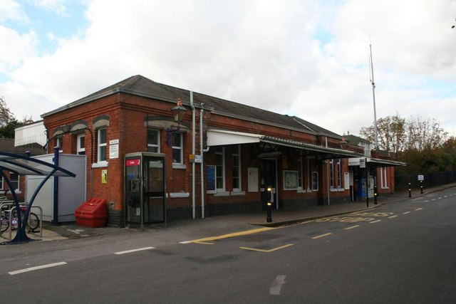 Goring Station