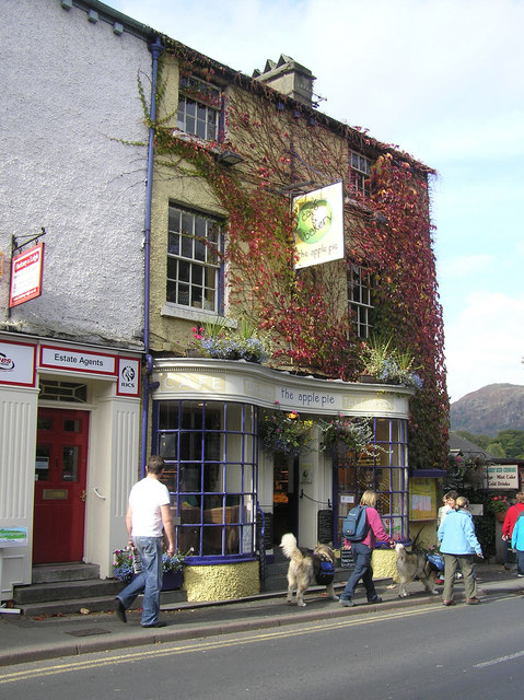 The Apple Pie, Ambleside