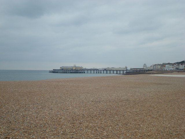 Hastings beach and pier