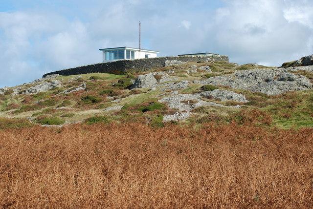 Cwt Gwylwyr y Glannau Mynydd Mawr Coastguards' Hut