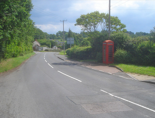Telephone box at Crow Hill