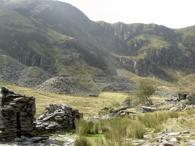 Quarry workings in Cwm Eigiau (II)