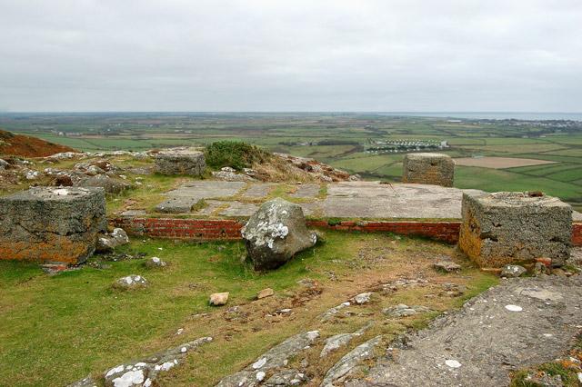 Defence site foundations near the summit of Carn Llidi