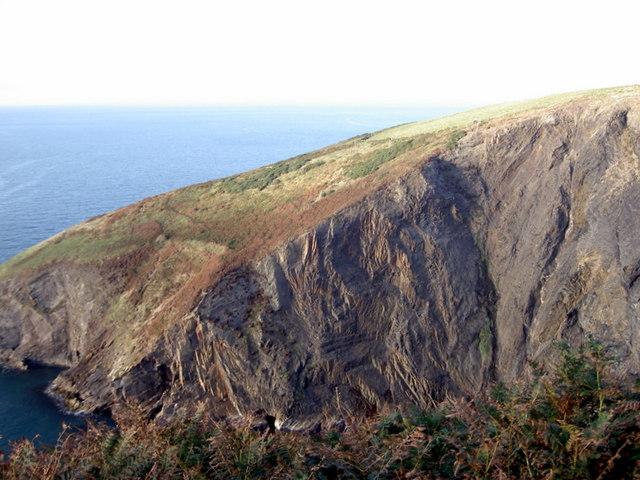 Cliffs south of Trwyn y Bwa