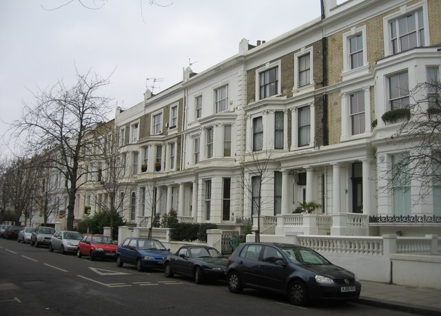 Town housing - Russell Road, London