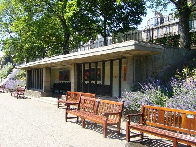 Public shelter, Princes Street Gardens