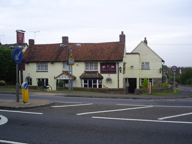 The Rose and Crown pub, Stone