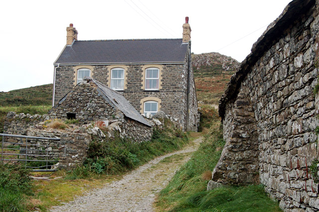 Farmhouse at Upper Porthmawr Farm, Whitesands Bay